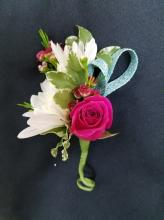 Seasonal Mix Boutonniere