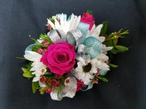 Seasonal Mix Corsage